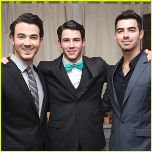 Nick Jonas: 'How To Succeed' with Joe and Kevin!