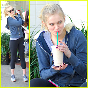 Sara Paxton Juices Up