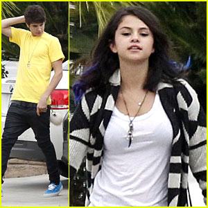 Selena Gomez & Justin Bieber: Football Fans