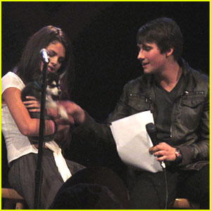 Selena Gomez: UNICEF Charity Concert!