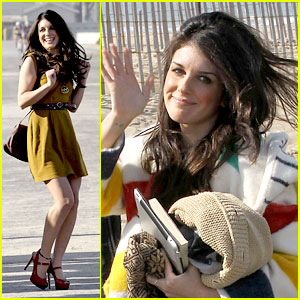 Shenae Grimes: Go See 'Red Tails'!