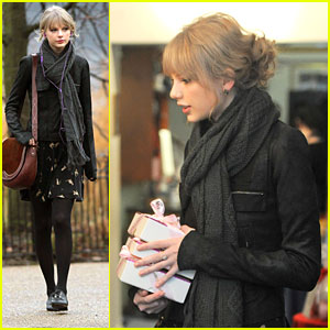 Taylor Swift Visits Princess Diana's Memorial