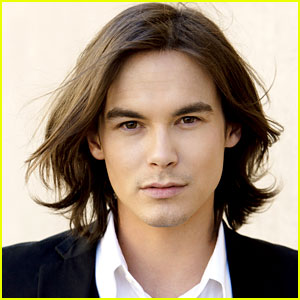 Tyler Blackburn: Rosewood Resident on 'Pretty Little Liars'