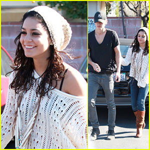 Vanessa Hudgens: Breakfast with Austin Butler