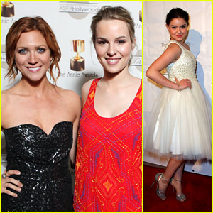 Brittany Snow & Bridgit Mendler: Annie Awards 2012