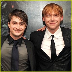 Photo of Rupert Grint & his friend  Daniel Radcliffe