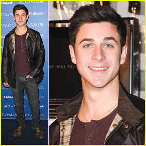 David Henrie: 'Act of Valor' Premiere