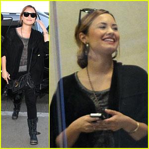 Demi Lovato: Platinum Status Flyer