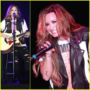 Demi Lovato: Strawberry Festival Sweetie