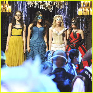 Pretty Little Liars: Let's Go Masqueradin'