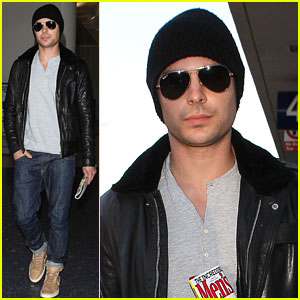 Zac Efron: 'Lorax' Debuts at Number One!
