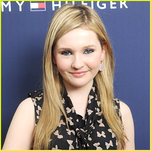 Abigail Breslin Joins 'Haunter' & 'The Things We Do For Love'
