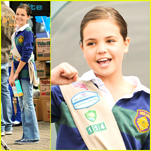 Bailee Madison Sells Girl Scout Cookies