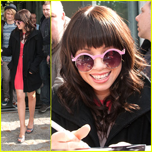 Carly Rae Jepsen: 'Call Me Maybe' Goes Platinum in the US!