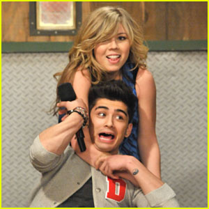Jennette Mccurdy And Zayn Malik Kiss