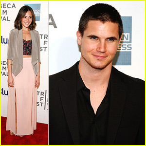 Robbie Amell & Italia Ricci: 'Struck By Lightning' Premiere Pair