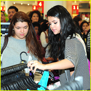 Selena Gomez: Surprise Dream Out Loud Shopping Spree at Kmart!