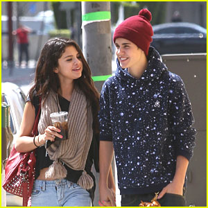 Selena Gomez & Justin Bieber: Panera Lunch Lovers