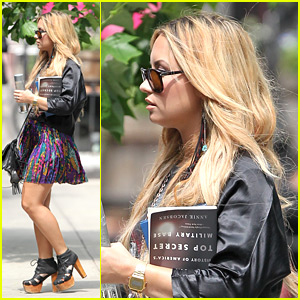 Demi Lovato: Blonde Beauty in NYC
