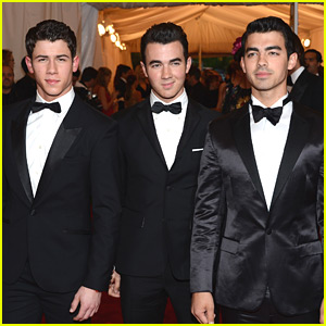 Nick, Joe & Kevin Jonas - Met Ball 2012