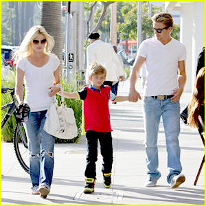 Julianne Hough: Family Fun with Derek & Aidan