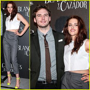 Kristen Stewart: 'Snow White' Wear Neon Heels!
