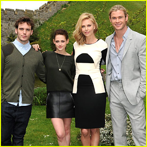Kristen Stewart: 'Snow White' Photo Call in Arundel