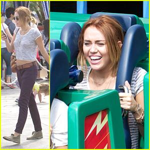 Miley Cyrus: Day at Disneyland!