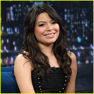 Miranda Cosgrove: Charades with Jimmy Fallon!