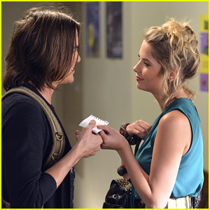 'Pretty Little Liars' Season Three Premiere Pics!