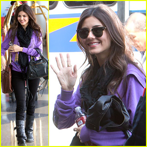Victoria Justice Acts Out Loud with Allstate