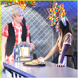 Ross Lynch: Diner Date!