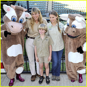 Bindi Irwin: Australia Zoo Hospital Charity Event