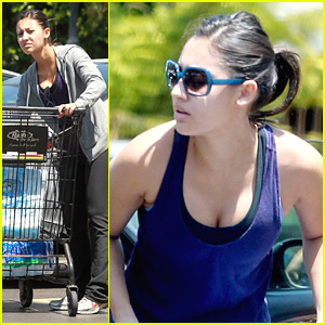 Francia Raisa: Grocery Girl