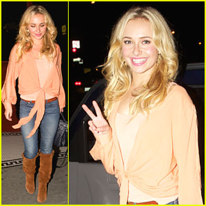 Hayden Panettiere: Pikey Bar Pretty