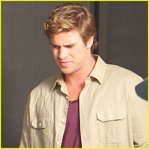 Liam Hemsworth: Filming Day on 'Empire State'