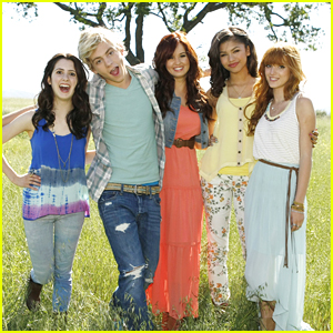 Debby Ryan & Bella Thorne: New 'Friends For Change' Ambassadors!