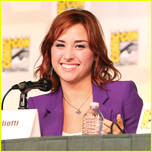 Allison Scagliotti: 'Warehouse 13' at Comic Con 2012