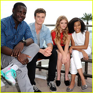Amandla Stenberg & Jack Quaid: 'The Hunger Games' at Comic Con 2012!