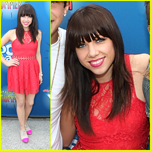 Carly Rae Jepsen Has A 'Crazy Good Summer'