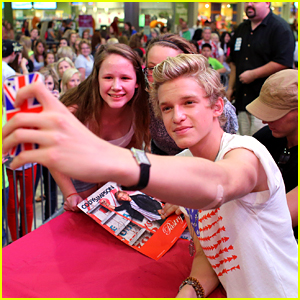 Cody Simpson: Mall of America Meet & Greet!
