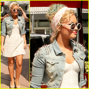 Demi Lovato: Sushi Samba for Lunch!