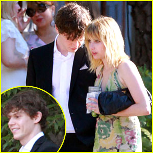 Emma Roberts Dating Evan Peters - Exclusive!