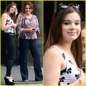 Hailee Steinfeld: Big Apple Beauty!