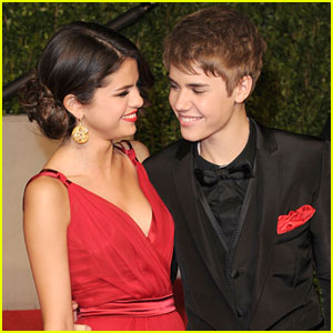 Justin Bieber Writes A Song For Selena Gomez!