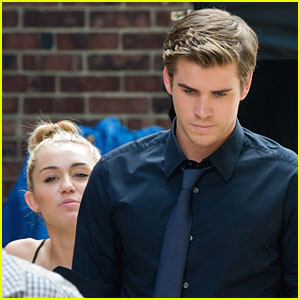 Miley Cyrus & Liam Hemsworth: 'Paranoia' Pair