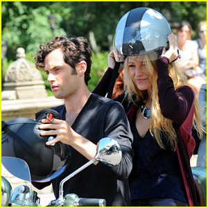 Blake Lively & Penn Badgley: Vespa Riders on 'Gossip Girl' Set