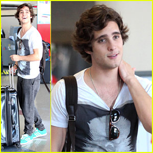 Diego Boneta: 'Underemployed' Premieres October 16th!
