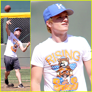 Josh Hutcherson: Rising Stars of America Kickball Game!