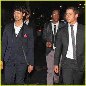 Joe & Nick Jonas Head To Hyde